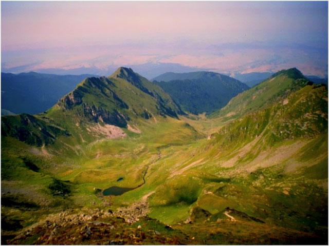 Imagini pentru Lacul Gemenu de Jos Munții Făgăraș